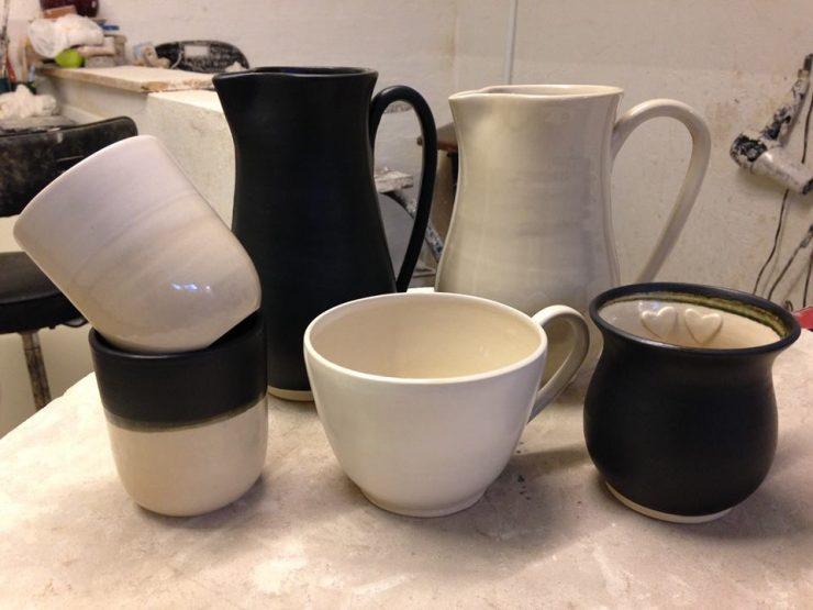 keramik i sort og hvid